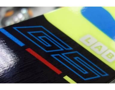 Salomon X-Race Lab – narty Crossover, czyli połączenie slalomki z nartą gigantową.