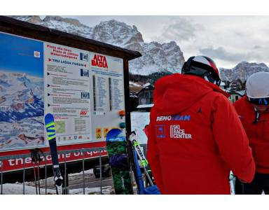 Ski Race Center - testy nart Salomon i Atomic w Alta Badia.