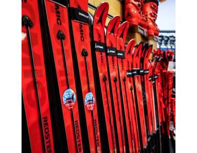Racing Program – narty zawodnicze, komórkowe? Co znaczą te pojęcia i jak zamawia się sprzęt dla profesjonalnych zawodników.